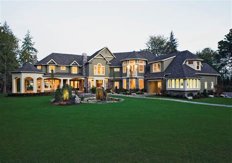 25 best ideas about big houses on big houses best 25 houses ideas on mansions
