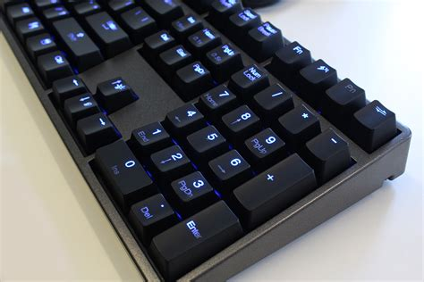 deck hassium pro blue led cherry mx blue mechanical keyboard cbl108a pa p u e1 us mwave