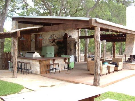 Ranch Style Entertaining A Rustic Covered Outdoor Kitchen