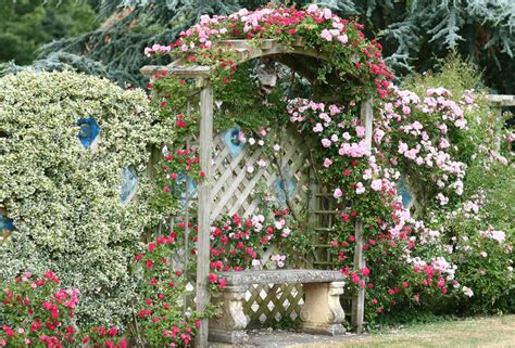 45+ Best Cottage Style Garden Ideas And Designs For 2018