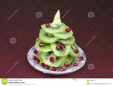 Christmas Tree Made Of Kiwi Stock Image-image