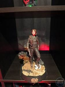 Disney Store Exclusive Rogue One Elite Figures and Statue ...