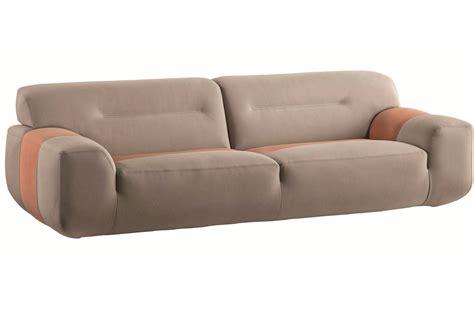 canap 233 3 places en cuir intuition by roche bobois design sacha lakic