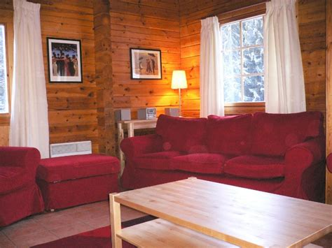 chalet hotel la tania la tania ski chalet for catered chalet skiing holidays snowboard and