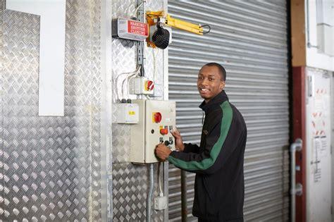 photo de bureau de marks spencer warehouse customer assistant glassdoor fr