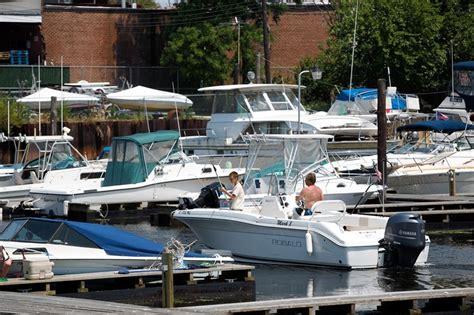Boat Slip Brooklyn by Mill Basin Home To Boat Slips In Backyards Wsj