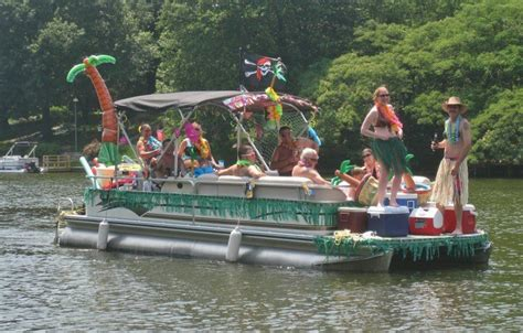 Best Pontoon Party Boats by How To Have A Pontoon Boat Party Lifeform Led