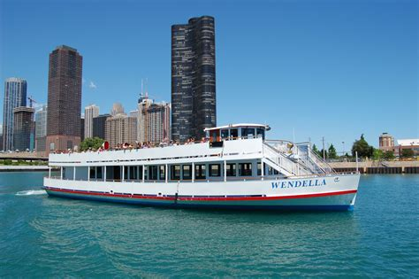 Which Wendella Boat Tour Is Best by Chicago River Tours Boat
