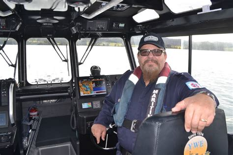 Boating Safety Jobs by Narooma Boating Safety Officer Gets Word Out About New