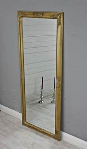 Spiegel Groß Günstig : die besten 25 spiegel gold ideen auf pinterest house of mirrors rosa spiegel und spiegel kupfer ~ Markanthonyermac.com Haus und Dekorationen