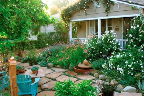 10 Cottage Gardens That Are Just Too Charming For Words