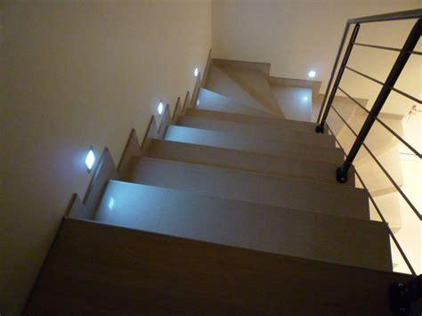 spots en bout de marche dans l escalier 13 messages
