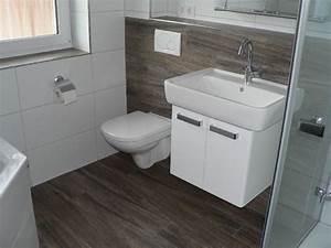 Badezimmer Design Fliesen : fliesen badezimmer beispiele ideen design ideen ~ Markanthonyermac.com Haus und Dekorationen