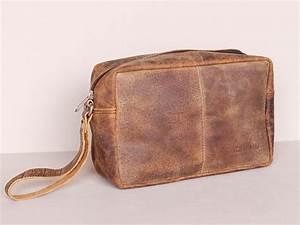 Men's Leather Wash Bag | Travel Accessory | Scaramanga