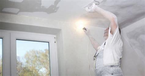 r 233 nover un plafond comment s y prendre maison