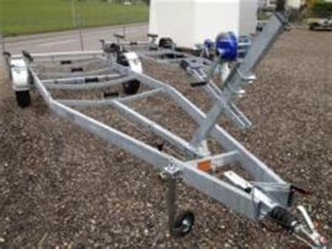 Nautilus Boottrailer by Bootsanh 228 Nger Bootstrailer Kaufen Boot24 Ch
