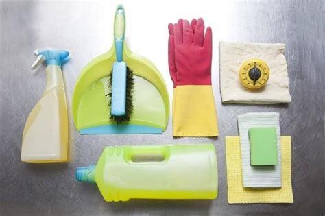 nettoyer les moisissures de la salle de bain envie de plus