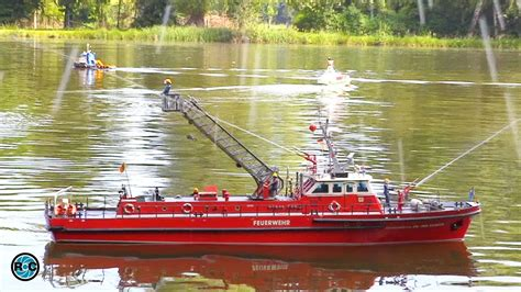 Rc Fire Boat Youtube rc fire boat in action brandmeister dr ing sander