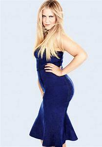 Amy Schumer weight, height and age. We know it all!