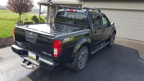 Nissan Frontier Bed Cover by Nissan Frontier And Titan Truck Retractable Bed Covers By