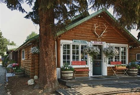 The Log Cabin Motel (pinedale, Wyoming)  Inn Reviews