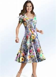 Bader Mode Kleider : sommerkleider f r damen luftige und zugleich wundersch ne modelle ~ Markanthonyermac.com Haus und Dekorationen