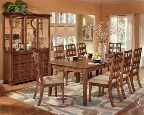 How To Choose A Solid Wood Dining Furniture-dining Room