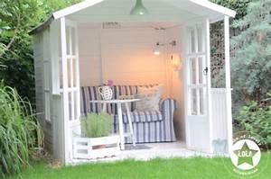 Gartenhaus Shabby Chic : l o l a lots of lovely accessories gartenhaus und ein sehr langsam wachsender rasen ~ Markanthonyermac.com Haus und Dekorationen