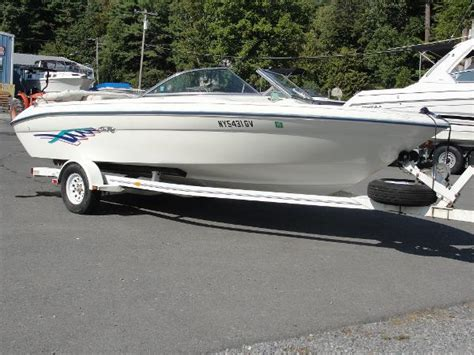 Sea Ray Boats Lake George Ny by Used Bowrider Boats For Sale In Lake George New York