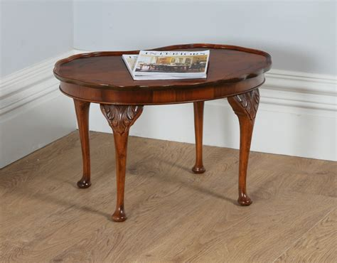 Queen Anne Style Figured Walnut Kidney Shaped Coffee Living Room Furniture Decor Az Stores Wood Craft Presidents Day Sale Close To Me Clean Used Bedroom Sell My For Cash