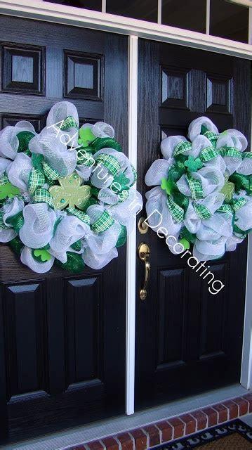 143 best deco mesh wreath images on