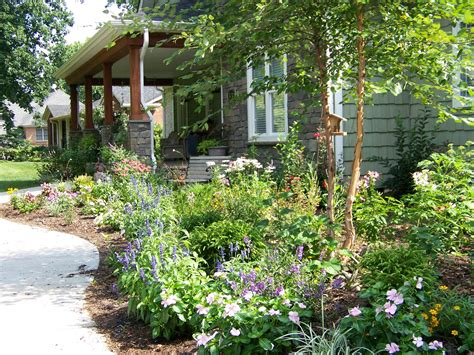 Considering Cottage Garden Ideas For Your Large Yard