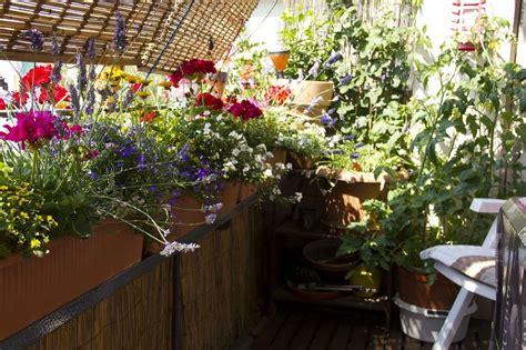 Balkon Gestalten  Blumen, Möbel Und Deko Kalaydoskop