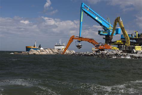 le nouveau terminal de rotterdam sort de terre mer et marine