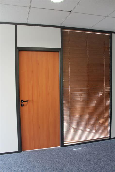 les am 233 nagements portes pour cloisons de bureau espace cloisons alu ile de agencement