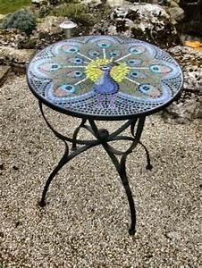 Runder Kleiner Tisch : gartentisch aus mosaik 30 super modelle ~ Markanthonyermac.com Haus und Dekorationen