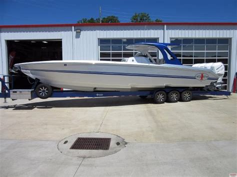 Cigarette Boats For Sale In Missouri by Used Cigarette Racing Boats For Sale In Osage Beach