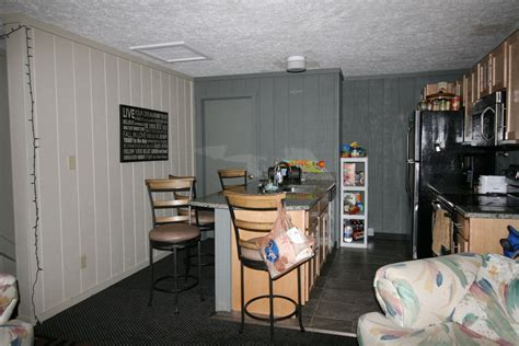 1 bedroom apartment at 77 franklin ave apt 1 student