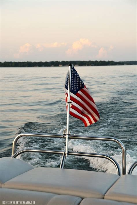 Best Pontoon Party Boats by The 25 Best Pontoon Boats Ideas On Pinterest Pontoon