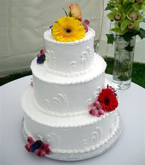 easy wedding cake decorating ideas wedding and bridal inspiration