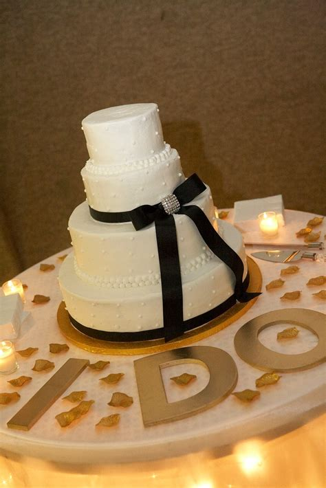 wedding cake display table on cake table decorations wed