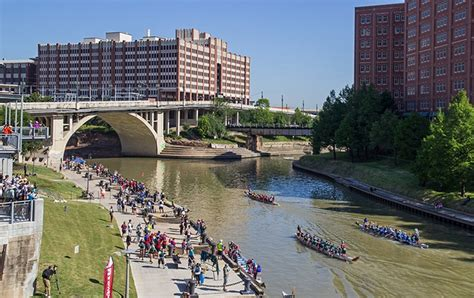 Houston Dragon Boat Festival by Preview Houston Dragon Boat Festival Takes Off May 5 At