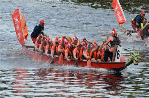 Dragon Boat Race by 108 Brilliantly Barmy Pictures From The York Dragon Boat