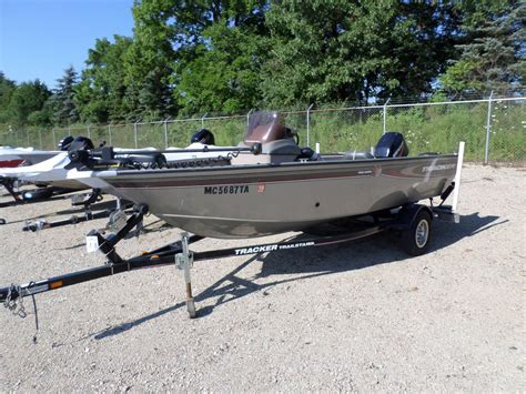 Used Tracker Deep V Fishing Boats For Sale by 2006 Used Tracker Pro Guide V 16 Freshwater Fishing Boat