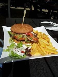 Normale Bettdecken Größe : burger normale gr e bild von landgasthaus brandenburg essen tripadvisor ~ Markanthonyermac.com Haus und Dekorationen