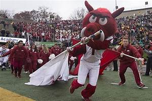 Hogs to open 2019 with Portland State