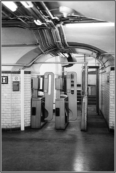 metro porte des lilas n b