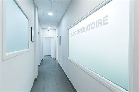 implant dentaire marseille prix dr tourrolier didier 13005 centre d implantologie dentaire 224