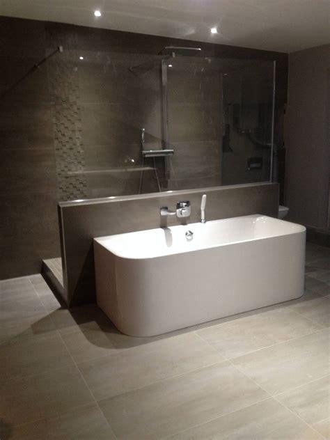 r 233 novation salle de bain strasbourg erkol carrelage
