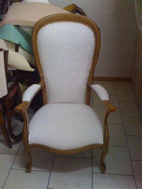 fauteuil voltaire rustique d 233 coupe mousse d 233 coration marseille store sur mesure 13 valent